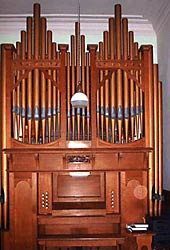 Methodist church organ